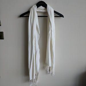 NWOT Cream Pashmina scarf